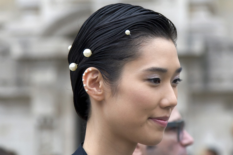 chanel-pearls-1.jpg