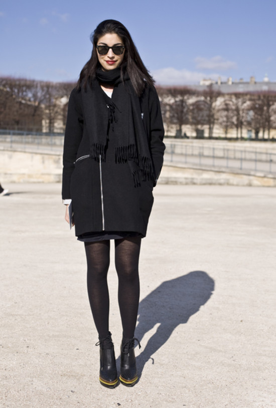 Caroline Issa, Black Coat, Paris | Street Fashion | Street Peeper ...