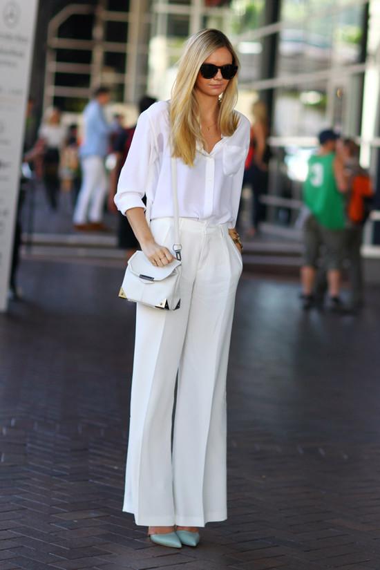 Jessica Stein, Tuula, in White
