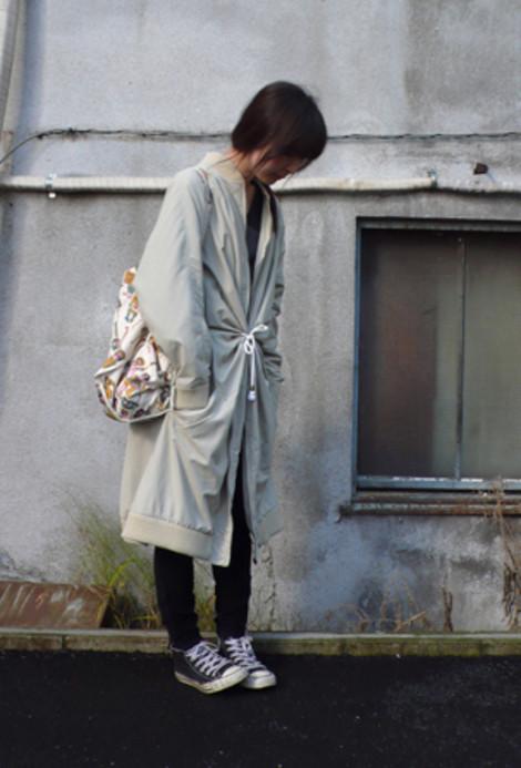Son Soo Young, Loveandrobot.com
