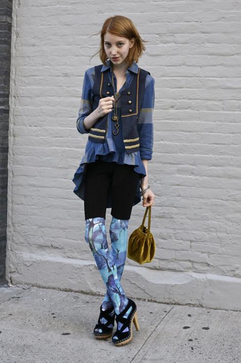 Julia Frakes In Blue Street Fashion Street Peeper