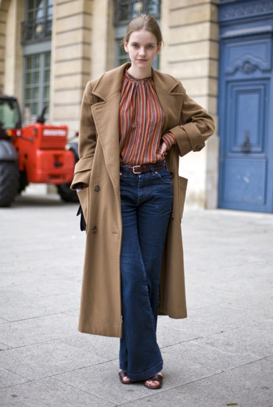 Camel and Stripes, Paris