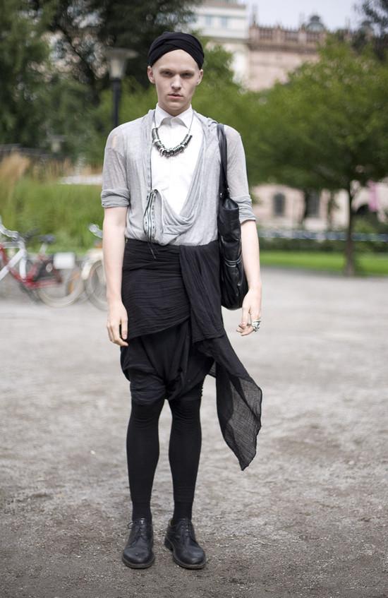 Drapey Stockholm Dude