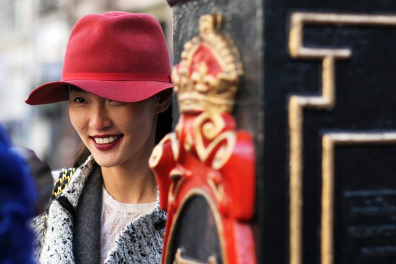 model_london_red.jpg