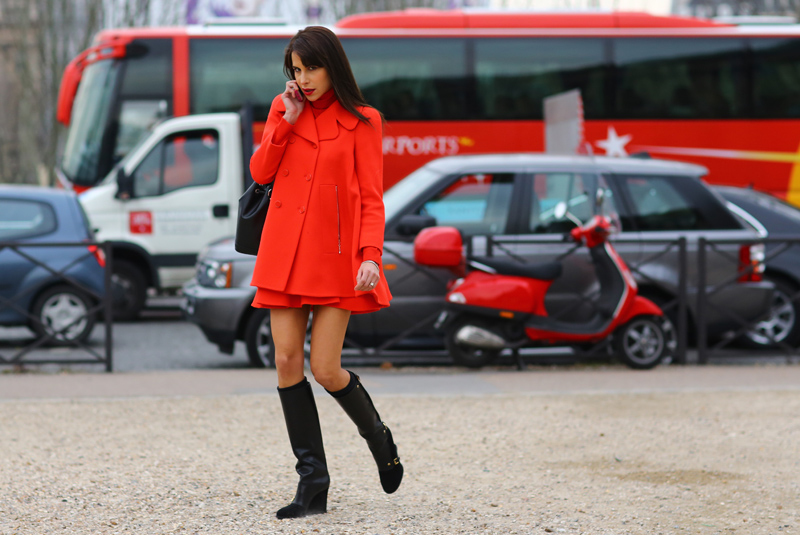 red-coat-caroline-sieber-philoh-streetpeeper.jpg