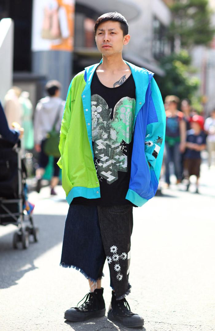 Mismatched Denim Legs Street Fashion Street Peeper Global Street Fashion And Street Style