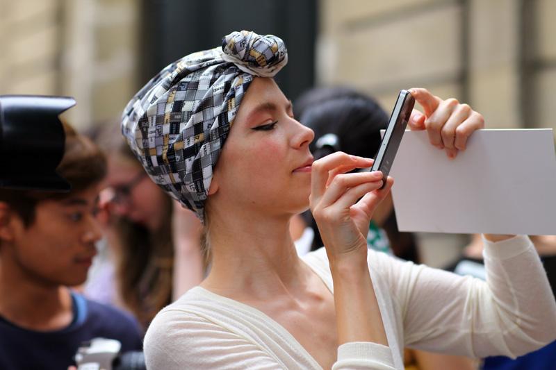 vika-gazinskaya-scarf.jpg